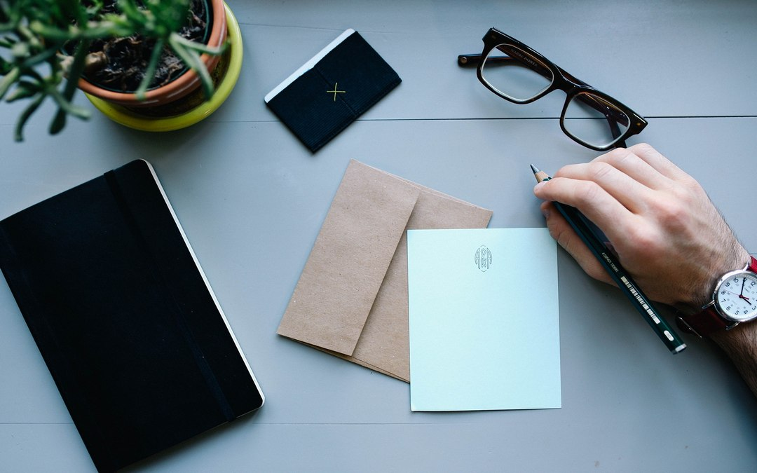 Compilare una busta da spedire: come bisogna farlo